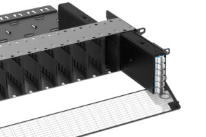Scale your network as your business grows U-Series housings facilitate fast and flexible installation with front and rear loading cassettes