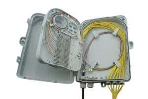 W31 IndoorOutdoor Lockable Wall Box - 24 Fibers - SC Adaptors 3